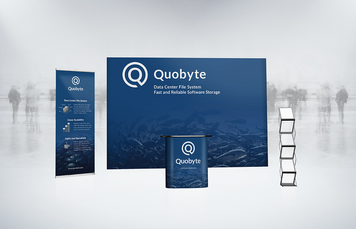 Quobyte Messestand Messeauftritt Rollup Counter